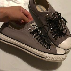 Converse Grey Eyelet Rounded Laces Sneakers